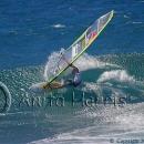 Wave riding at Hookipa - img_3292_1-_w.jpg